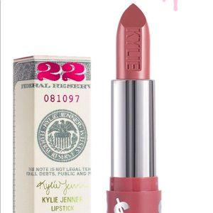 Kylie Cosmetics Hustle Hondy lipstick